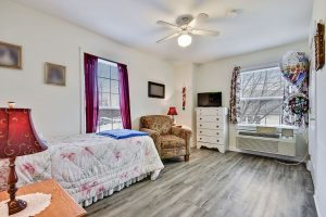 Image Gallery: The Cottages of Perry Hall Resident Room